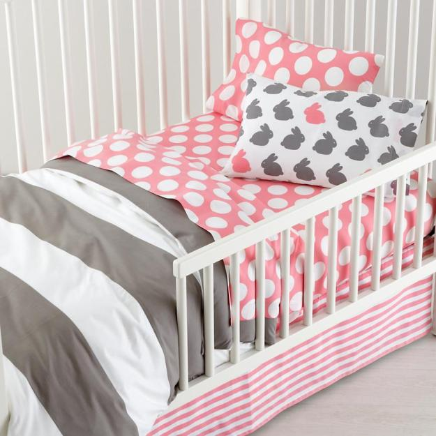 new-school-toddler-bedding-hop-to-it